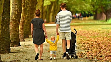 Több támogatás is elérhető a vajdasági családok számára - illusztráció