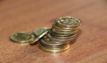 Titelen a legmagasabbak a bérek, Újvidéken 20 ezer dináral nagyobbak a szerbiai reális bérnél - A cikkhez tartozó kép