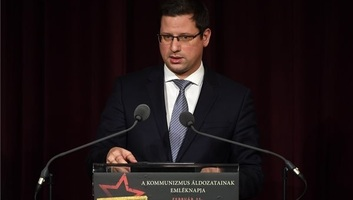 Mađarska: Borba protiv komunizma je bila pravedna - illusztráció