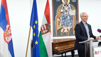 Mađarska: Vlada ove godine daje 671 miliona forinti za razvoj srpskih škola - illusztráció