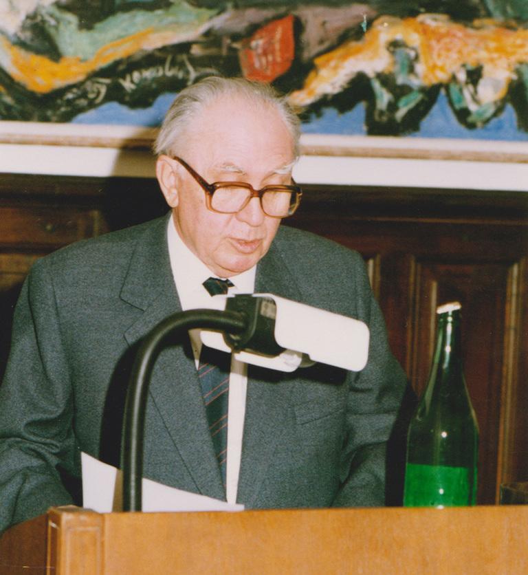 Imre Bori, istoričar književnosti, univerzitetski profesor, kritičar, urednik