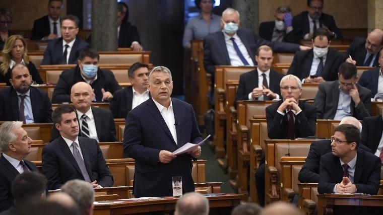 Orbán Viktor miniszterelnök napirend előtt felszólal az Országgyűlésben