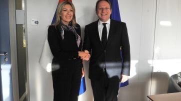 94 millió euró Szerbiának az EU-tól a járvány elleni küzdelemre - A cikkhez tartozó kép