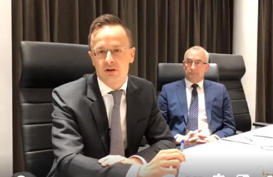 Szijjártó Péter külgazdasági és külügyminiszter sajtótájékoztatóján