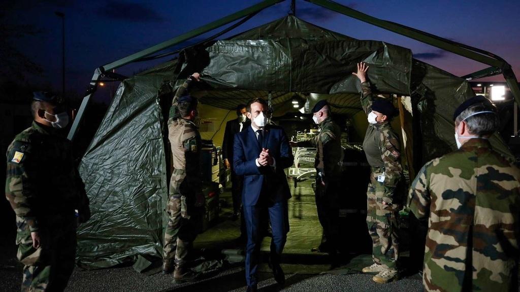 Macron elnök látogatást tesz a Muller Kórházban Mulhouse-ban