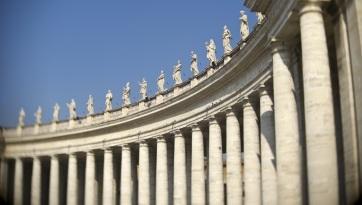 Ferenc pápa egyik közeli munkatársa is megbetegedett - A cikkhez tartozó kép