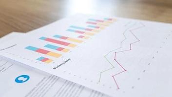 Vučić vasárnap ismerteti a gazdaság talpraállítására vonatkozó intézkedéscsomagot - illusztráció