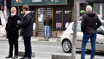Kormányhatározattal zárják be a fogadóirodákat Szerbiában - illusztráció