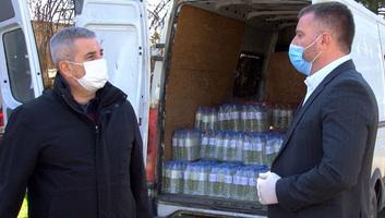 Szabadka: Szétosztottak 7 ezer liter fertőtlenítőszert - illusztráció