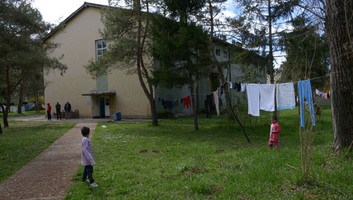 Tömegverekedés tört ki az Obrenovacon elhelyezett migránsok között - illusztráció