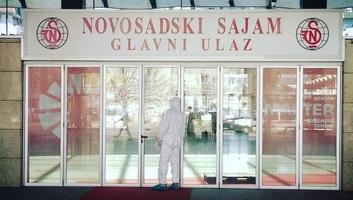A Vajdasági Klinikai Központban 126 beteget ápolnak, az Újvidéki Vásár csarnokában 62 fertőzött van - illusztráció
