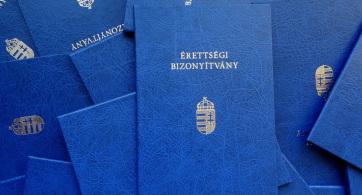 Keresik a megoldást a Magyarországon érettségiző vajdasági diákok gondjaira - A cikkhez tartozó kép