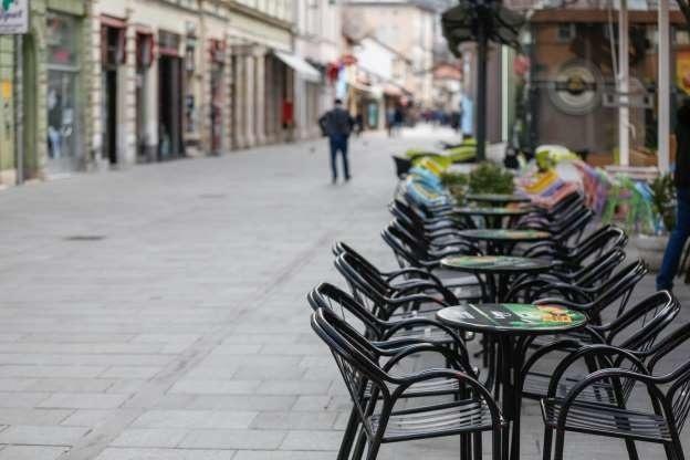 I ulice Sarajeva su uglavom prazne