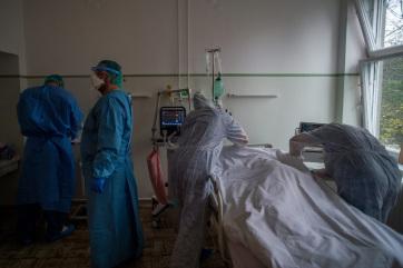 Meghalt 3 beteg, 3641-re nőtt a fertőzöttek száma Magyarországon - A cikkhez tartozó kép