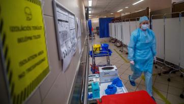 Meghalt 3 beteg, 3678-ra nőtt a fertőzöttek száma Magyarországon - A cikkhez tartozó kép