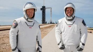 A rossz idő miatt mégsem indultak amerikai űrhajósok a Nemzetközi Űrállomásra - illusztráció