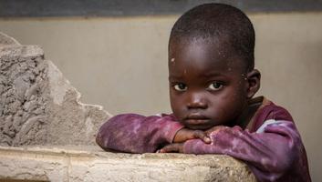86 millióval nőhet a szegénységben élő gyermekek száma a koronavírus-járvány következtében - illusztráció