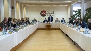 Széles körű felvidéki magyar egyeztetést hozott tető alá az MKP a jövő évi népszámlálásra készülve - illusztráció