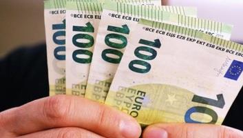Meddig lehet felvenni a 100 eurót az erre a célra nyitott számláról? - illusztráció