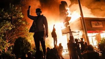 Trump: Nem szabad megengedni, hogy a minneapolisi helyzet anarchiába süllyedjen - illusztráció