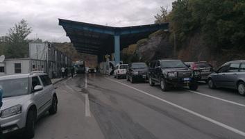 Koszovó újabb szigorításokat vezetett be a Szerbiából érkező áruval szemben - illusztráció