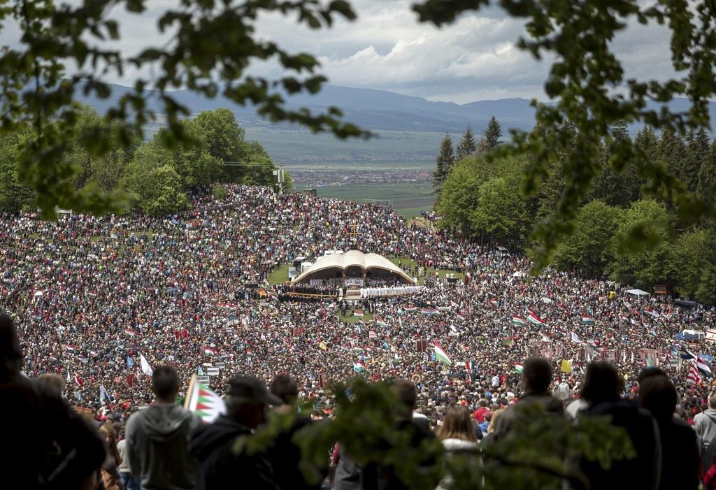 Pünkösdmegünneplésének kiemelkedő magyar eseménye a csíksomlyói búcsú, idén azonban a koronavírus-járvány miatt elmaradt a zarándoklat