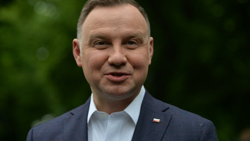 Június 28-án tarthatják a lengyel elnökválasztás első fordulóját - illusztráció