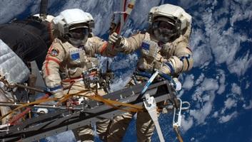 Az orosz és amerikai űrhivatal kölcsönös helybiztosításról tárgyal az ISS-re járó űrhajókon - illusztráció