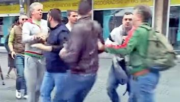 A szerbiai ellenzék romokban hever: Egymást támadják a bojkott miatt - illusztráció