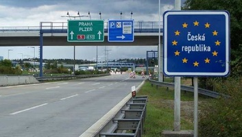 Péntek déltől szabad az utazás Csehország és Magyarországon között is - illusztráció