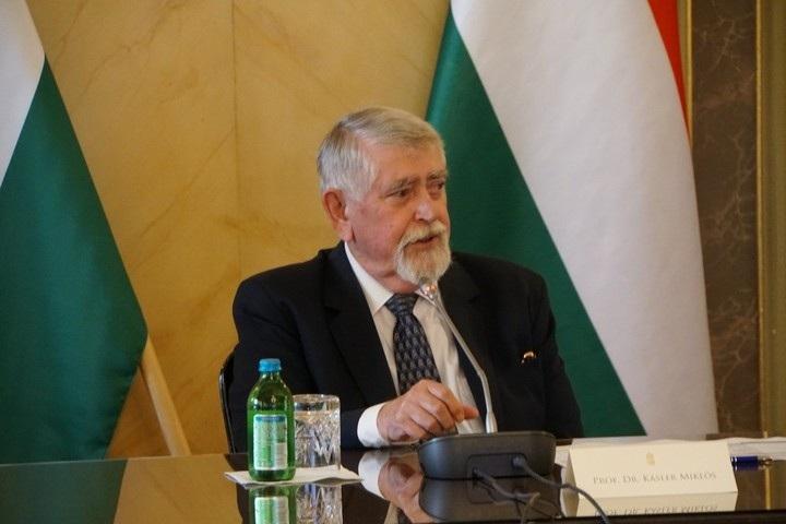 Kásler Miklós emberi erőforrások minisztere