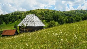 Januártól májusig megfeleződött a turisták száma Szerbiában - illusztráció