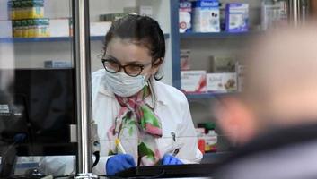 Meghalt egy beteg, kettővel nőtt az igazolt fertőzöttek száma Magyarországon - illusztráció