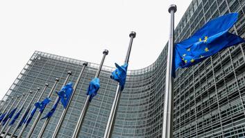 Eurobarométer: Az EU polgárai egyre tájékozottabbak az őket megillető uniós jogokat illetően - illusztráció