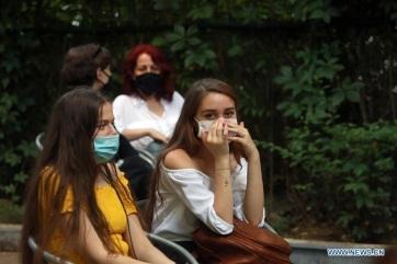 Romániában megközelítette a hétszázat az egy nap alatt diagnosztizált koronavírus-fertőzöttek száma - A cikkhez tartozó kép