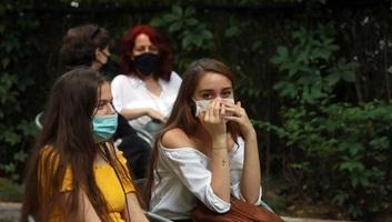 Romániában megközelítette a hétszázat az egy nap alatt diagnosztizált koronavírus-fertőzöttek száma - illusztráció
