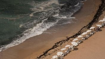Tízen akartak kimenteni egy fuldokló fiút a tengerből Egyiptomban, mind meghaltak - illusztráció