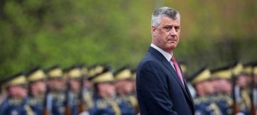 Hashim Thaci megérkezett Hágába, Geoffrey Nice a védője - A cikkhez tartozó kép