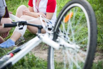 Tömegbaleset egy magyar amatőr kerékpárversenyen, sokan megsérültek - A cikkhez tartozó kép