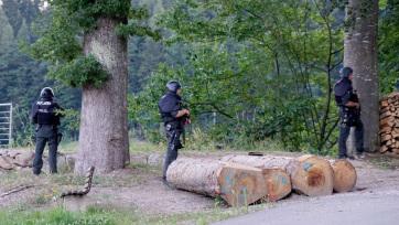 Üldöznek a Fekete-erdőben egy férfit, aki lefegyverzett négy rendőrt - A cikkhez tartozó kép
