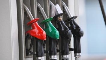 Hét dinárral drágult az üzemanyag Szerbiában - illusztráció