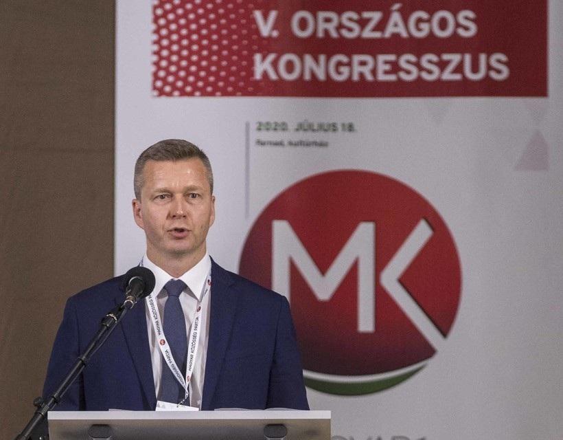 Forró Krisztián a 2016 júniusában megválasztott Menyhárt Józsefet váltja az MKP élén