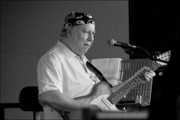 Meghalt Peter Green, a világ egyik legjobb bluesgitárosa - A cikkhez tartozó kép