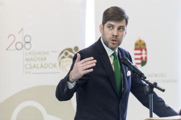 Szilágyi Péter: A kisebbségi jogvédelem pótolhatatlan garanciákat jelent az összmagyarság számára - A cikkhez tartozó kép