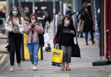 """""""Ne öld meg a nagyit"""" szlogennel buzdít a karantén betartására egy brit város - A cikkhez tartozó kép"""