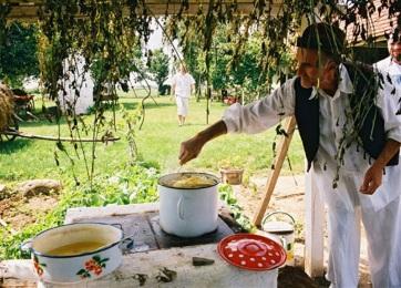 Belföldi turizmus: Nyaralás a Pannon-tenger kiszáradt medrében - A cikkhez tartozó kép