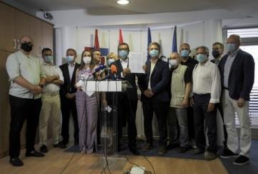 Megalakult a Szerbiai Egyesült Ellenzék - A cikkhez tartozó kép