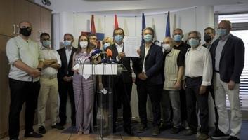 Megalakult a Szerbiai Egyesült Ellenzék - illusztráció