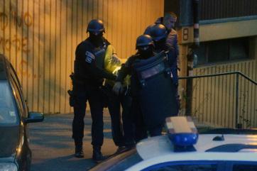 Újvidéki, topolyai és belcsényi személyekre csapott le a rendőrség szervezett akciója keretében - A cikkhez tartozó kép
