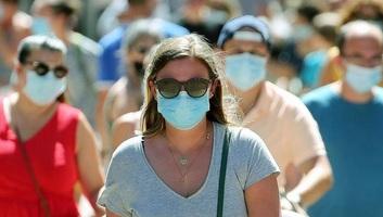 A fertőzöttek száma átlépte a 21 milliót, több mint 760 ezren meghaltak - illusztráció